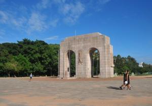 Iluminação da Redenção ficará pronta em setembro | Foto: Tarsila Pereira / CP Memória