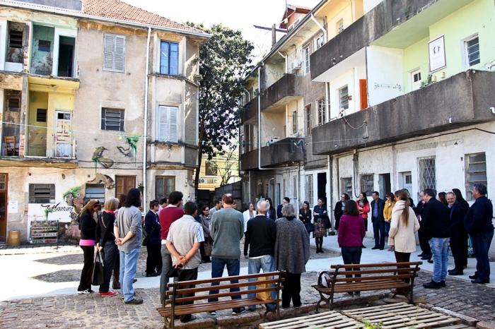Grupo de trabalho visitou o conjunto arquitetônico Vila Flores Foto: Adriana Marchiori/Divulgação PMPA