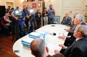Em coletiva, Fortunati confirmou quatro consórcios nos seis lotes Foto: Luciano Lanes/PMPA