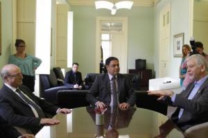 Fortunati foi recebido pelo procurador-geral e pelo secretário de Segurança Foto: Ricardo Giusti/PMPA