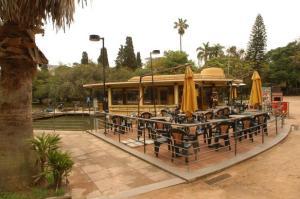 Prefeitura desiste de reativar Café do Lago da Redenção | Foto: Alexandre Mendez / Especial / CP Memória