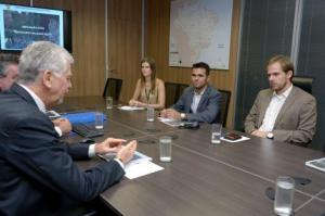 Fortunati solicitou recursos para a construção de 1,3 mil moradias Foto: Elio Sales/SAC-PR/Divulgação PMPA