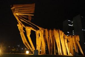 Parte do monumento, inaugurado em 1974, estava corroída e enferrujada Foto: Ricardo Giusti/PMPA
