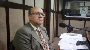 Cezar Schirmer durante entrevista à Rádio Guaíba   Foto: Lucas Rivas / Especial / Rádio Guaíba / CP
