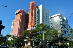 Capital Tower e o Trust Business Center em reforma