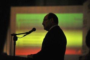 Governador anunciou medidas nesta segunda-feira | Foto: Mauro Schaefer