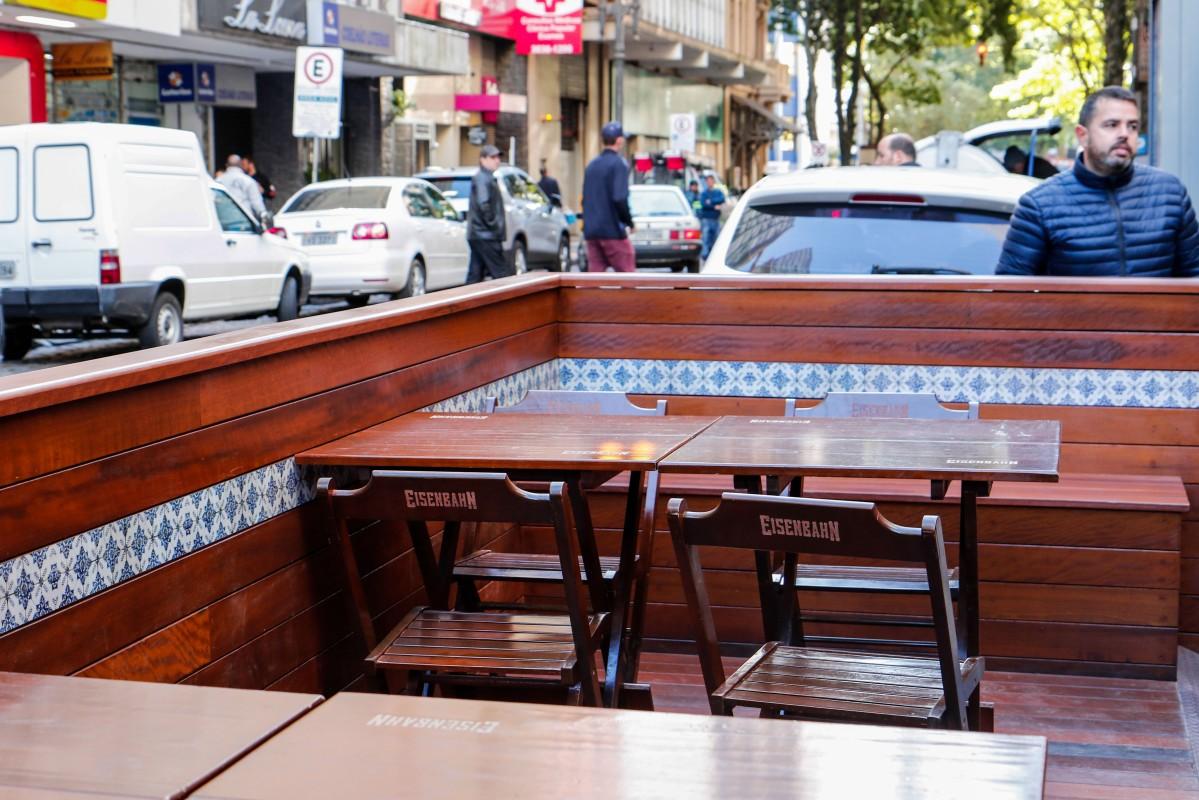 Porto Alegre autoriza mais nove projetos de parklets na cidade