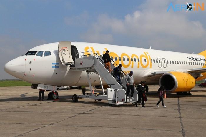 FLYBONDI-BOEING-737-800-21