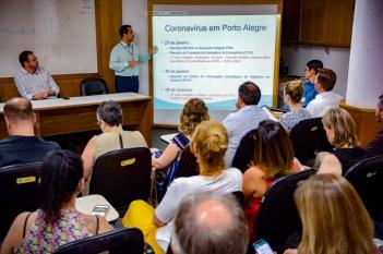 SMS - Reunião com representantes de todos os hospitais de Porto